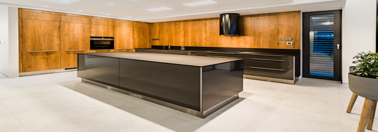 d53e1dde700f DUB COGNAC Sykora  Supermoderná kuchyňa so smart vybavením